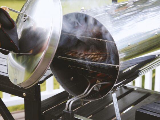 muurikka-smoker-original-1200w-elektricky-gril-udirna3